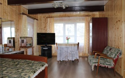 Дом на берегу озера Свирь