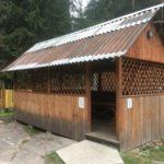 Беседки или домик для отдыха в Печерском лесопарке.